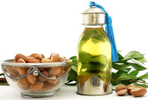 olio argan uso alimentare olio di argan propriet 224 e usi nella cosmesi