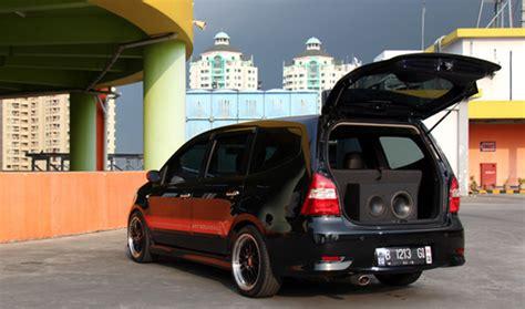 Shockbreaker Mobil Nissan Livina gambar modifikasi nissan grand livina terbaru 2015