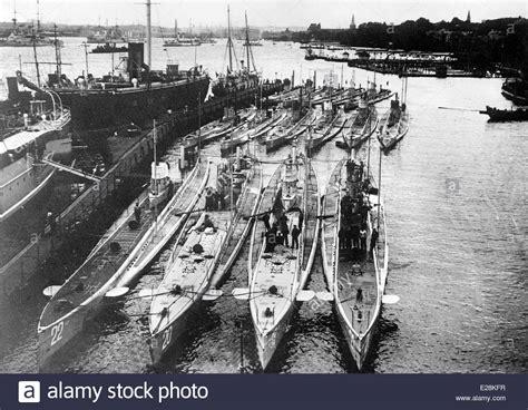 german u boat harbour german submarines in harbor german submarines u boats in