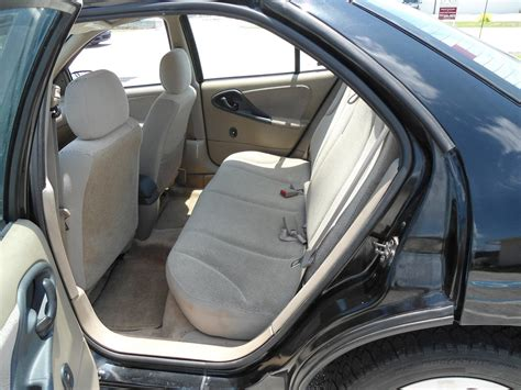 2002 Chevy Cavalier Interior by 2002 Chevrolet Cavalier Interior Pictures Cargurus