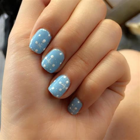Nail Designs Light Blue Beautify Themselves With Sweet Nails Light Nail Design
