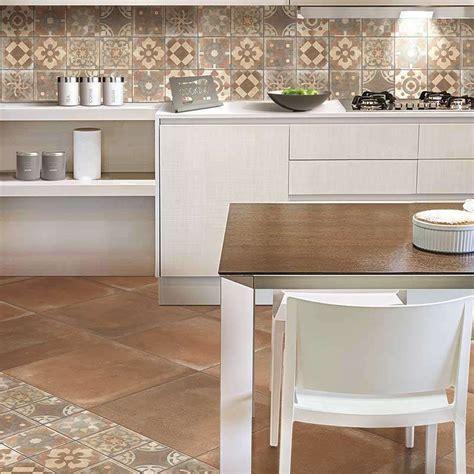 decorazione piastrelle decorazioni piastrelle cucina best decorazioni piastrelle
