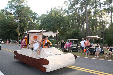 Grinch Decorating Ideas by Golf Cart Parade Flickr Photo Sharing