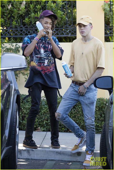 when jaden and willow smith moises and mateo arias came full sized photo of jaden smith mateo arias lunch