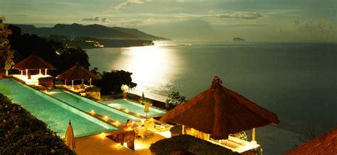 bali indonesia  honeymoon travelling colors
