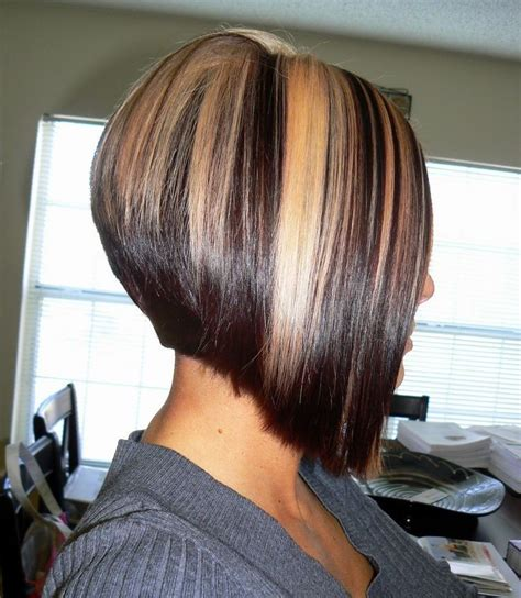 bob cut hairstyles with highlights brown hair with blonde highlights bob haircut