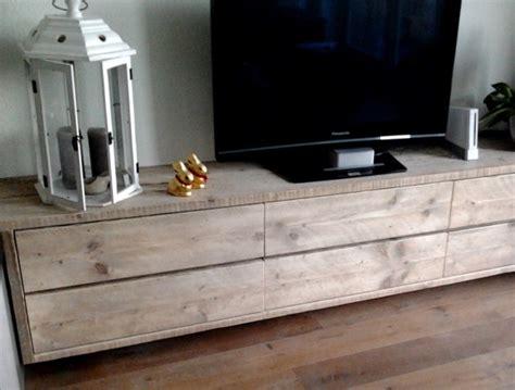 wandmeubel dicht zwevend tv meubel kast steigerhout laag lang poppetje