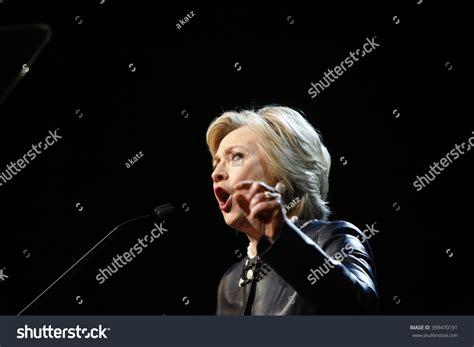 hillary clinton biography deutsch new york city march 29 2016 stockfoto 399470191 shutterstock