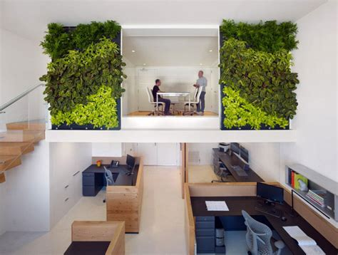 Green Office Space Interiorzine Interior Wall Garden