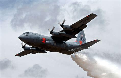 plane fighting modular airborne firefighting system