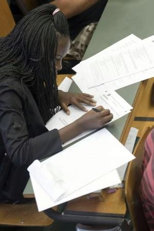 esame italiano permesso di soggiorno stranieri esame d italiano ecco le date test genova