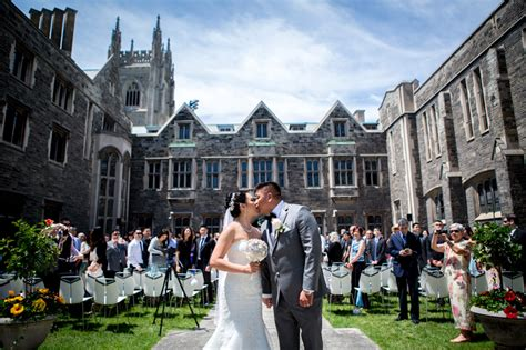 hart house outdoor wedding ceremony at hart house