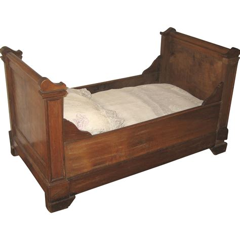 Antique Sleigh Bed Antique Large Doll Size Wood Sleigh Bed From Sondrakruegerantiques On Ruby