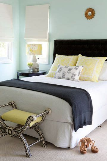 navy and yellow bedroom best 25 navy yellow bedrooms ideas on pinterest blue