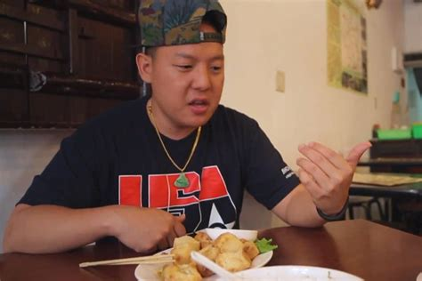 fresh off the boat full episodes youtube fresh off the boat with eddie huang back in taiwan part