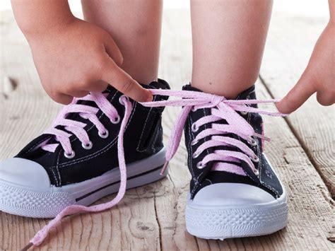 tying shoes practice tying shoes energise energise