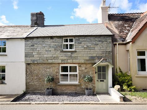 Cottage Wadebridge by Cottage Holidays In Wadebridge Cornwall