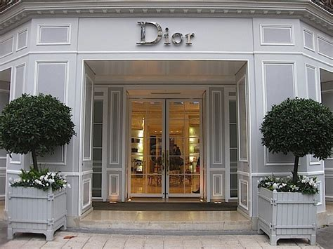 Dior Home Decor paris chic at the dior home boutique quintessence
