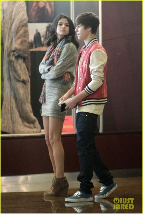 Are And Justin Dating by Sized Photo Of Justin Bieber Selena Gomez Saturday
