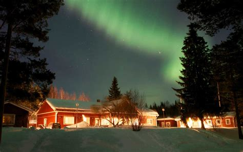 trips to see northern lights 2018 the best places to see the northern lights in march 2018