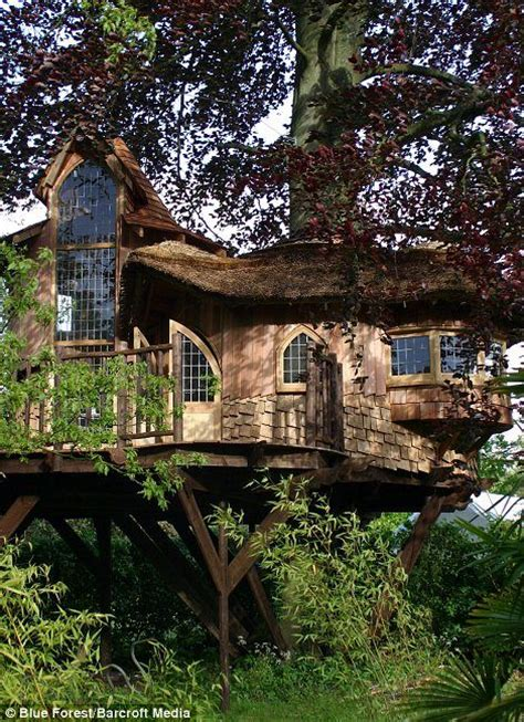 luxury tree houses now that s how to enjoy the high life the luxury tree