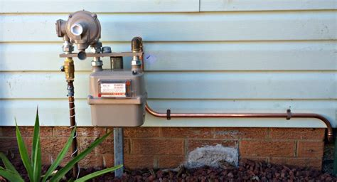Cost Of Plumbing by Cost Of Hiring A Plumber Plumber Salary Australia
