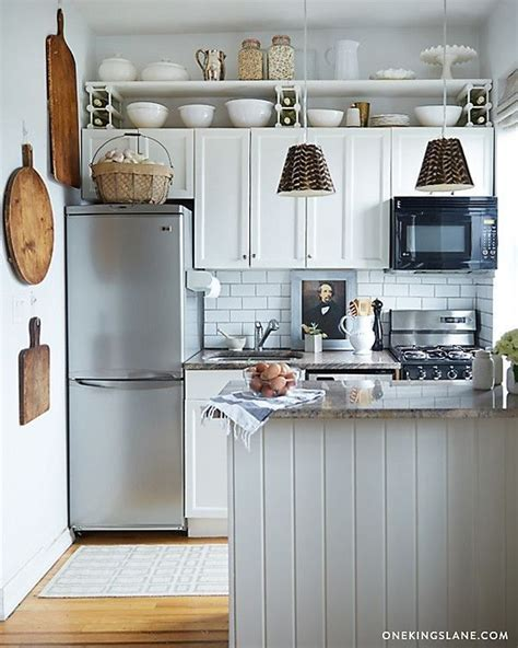 best appliances for small kitchens 25 best tiny kitchens ideas on pinterest tiny home