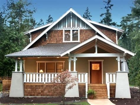what is a bungalow home beautiful bungalow style houses craftsman style bungalow