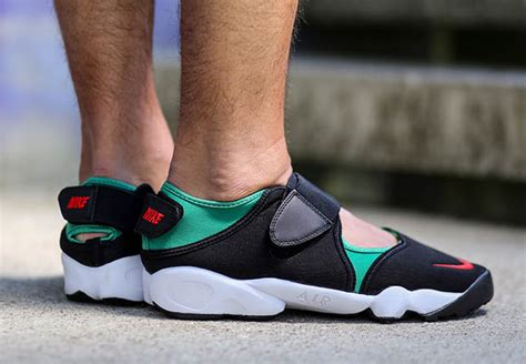 Sneakers Sepatu Nike Air Rift All White Original Premium 36 40 an on foot look at the nike air rift retro sneakernews