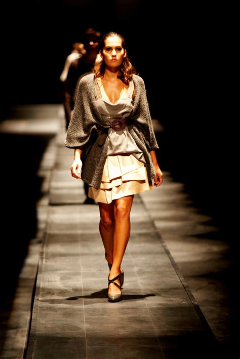 Cat Walk sun c catwalk