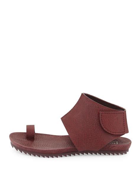 On Sale Sandal Wedges Wanita Vania Sdw260 pedro garcia vania leather toe ring sandals in port lyst