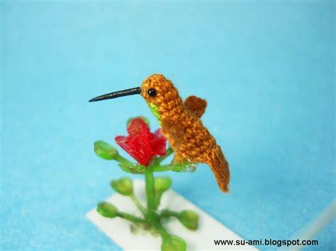 miniature hummingbird teeny tiny crochet birds