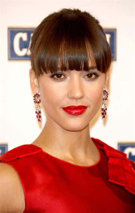 Images Of Hairstyles With Bangs by 25 Hairstyles With Bangs Photos Of Haircuts