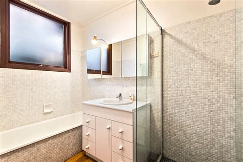 bathroom furniture australia 21 wolseley grove brighton 3186 rt edgar