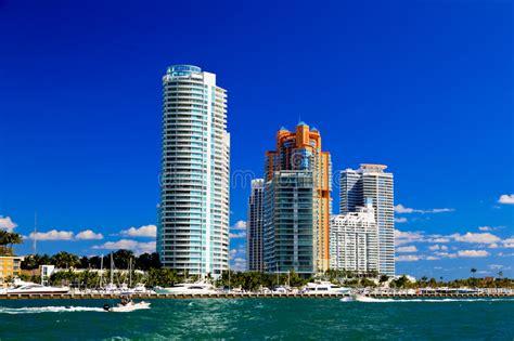 imagenes edificios miami los edificios altos en miami beach foto de archivo