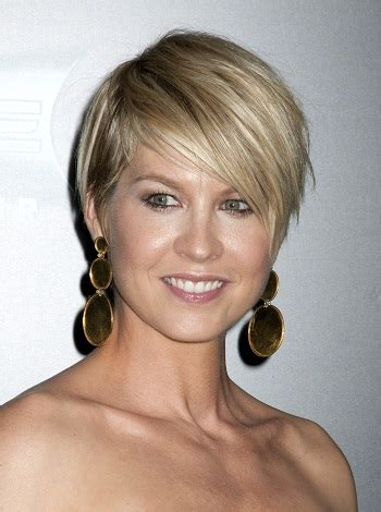 jenna elfman short hair colours celebrity inspired short haircuts for women over 40
