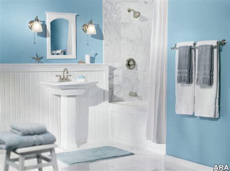 gris  bleu deux couleurs en osmose dans la salle de
