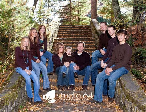 studio 64 photography outdoor fall family portraits