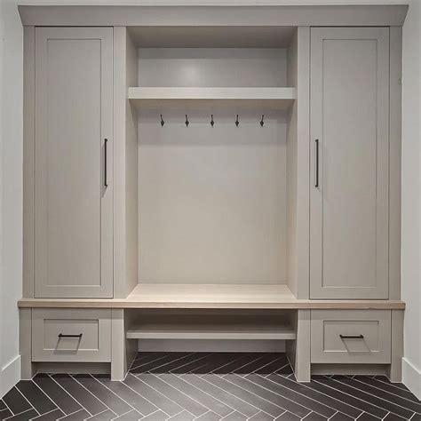 mudroom cabinets and benches best 20 mudroom cabinets ideas on pinterest