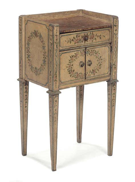 comodino in legno comodino in legno laccato e dipinto in policromia marche