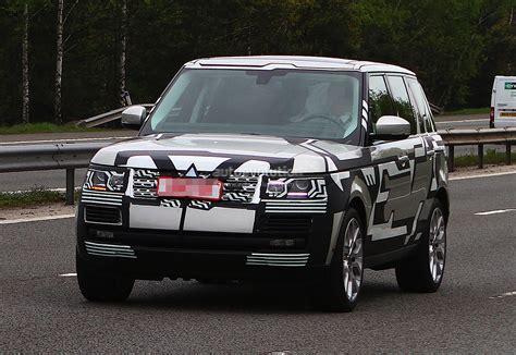 camo range rover spyshots 2013 range rover drops camo autoevolution