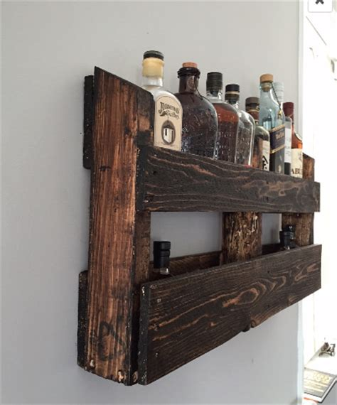 Handmade Reclaimed Pallet Wood Wall Mount Bar by O&E