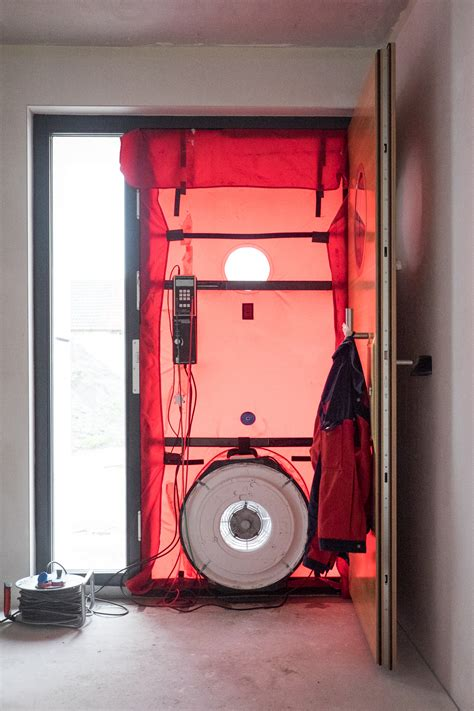 blower door test wann blower door test ein haus f 252 r den zwerg