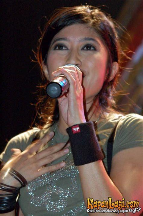 film konser ggs kapanlagi com konser gg salam lebaran pia vokalis utopia