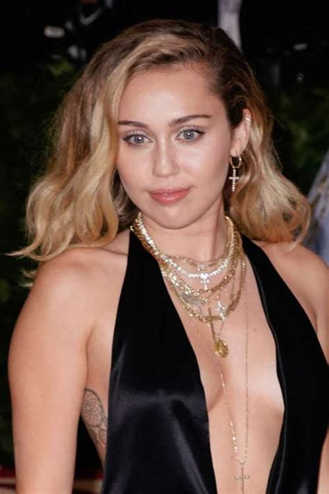 miley cyrus hair color miley cyrus hairstyles hair colors style