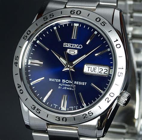 Jam Tangan Seiko Automatic 21 Jewels seiko 5 blue sheen day date auto stainless steel bracelet snkd99k1