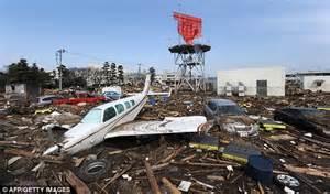 fotos tsunami de jap 243 n cuatro a 241 os despu 233 s galer 237 a de map that shows how 25 million tons of japan tsunami