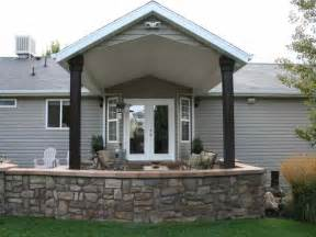 Building A Covered Porch by How To How To Build A Covered Patio Brick Patio Ideas
