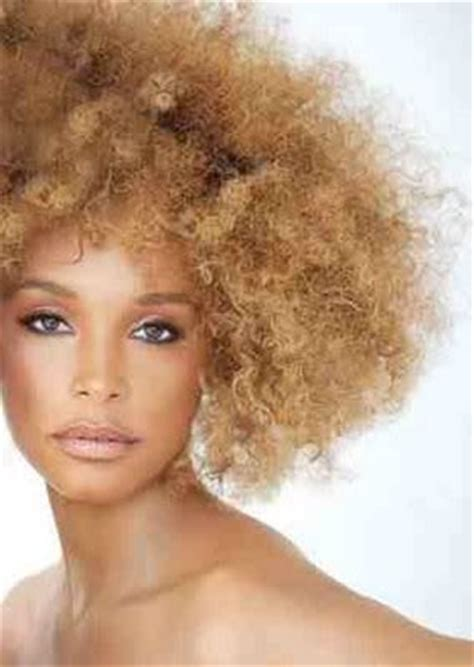 how do you get your hair wavy like kelly ripa curly chic how do you get your hair to curl like that