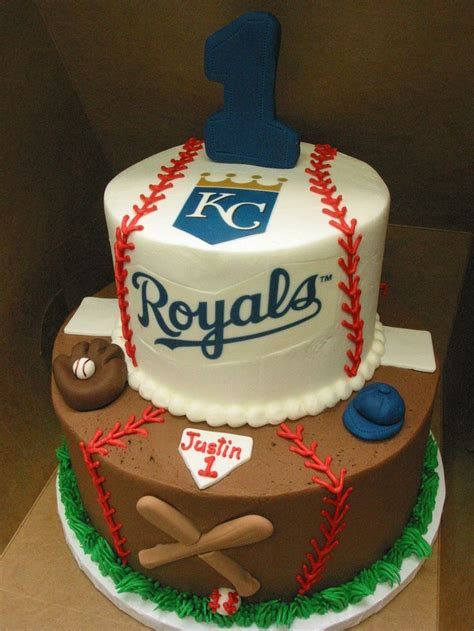 themed birthday cakes quezon city best 25 baseball grooms cake ideas on pinterest